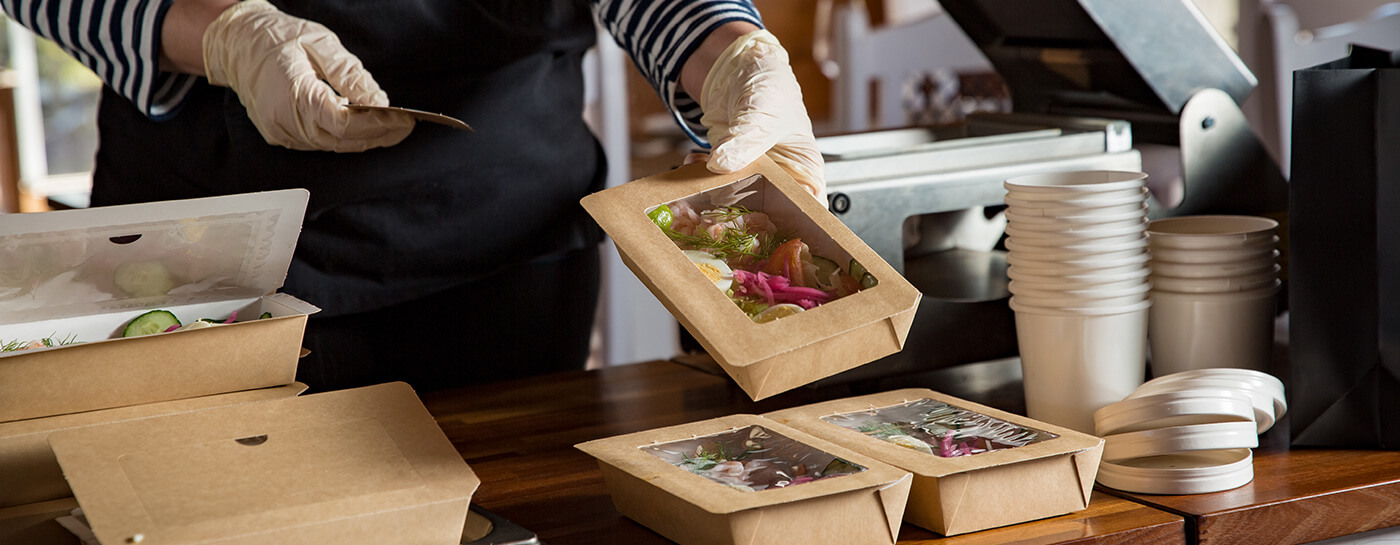 Restaurant foodservice takeout containers in use